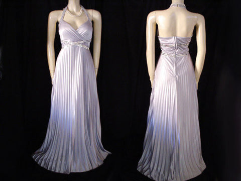 GODDESS LOOK MASQUERADE SILVER PLEATED SEQUIN GRECIAN GODDESS HALTER EVENING GOWN - NEW WITH TAG - PERFECT FOR NEW YEAR'S EVE