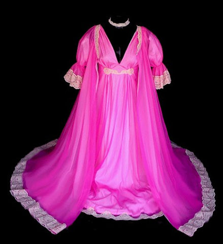 FROM MY OWN PERSONAL COLLECTION - RARE, RARE VINTAGE INTIME RASPBERRIES & CRÈME  DOUBLE NYLON LACE PEIGNOIR & NIGHTGOWN SET