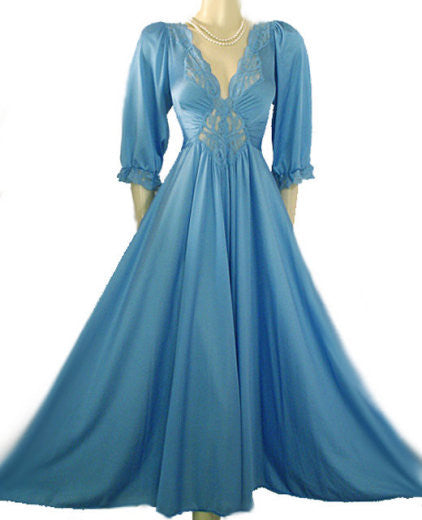 RARE COLOR & STYLE VINTAGE OLGA SPANDEX LACE NIGHTGOWN WITH SLEEVES IN ISLE OF CAPRI