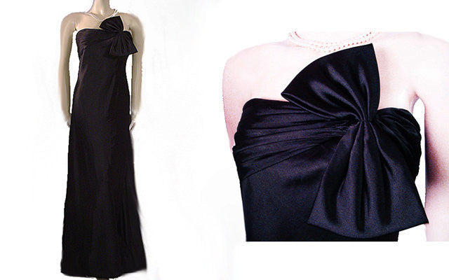 BEAUTIFUL ADRIANNA PAPELL BLACK SATIN & SPANDEX EVENING GOWN ADORNED WITH A HUGE BOW