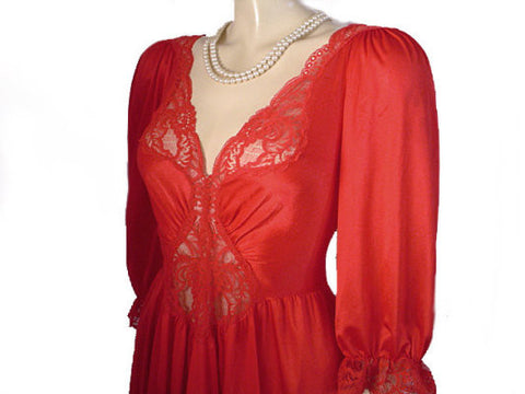 VINTAGE OLGA SPANDEX LACE NIGHTGOWN WITH SLEEVES IN CHILI PEPPER