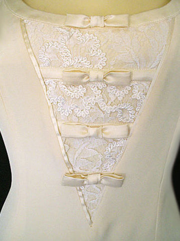 GORGEOUS VINTAGE 1980'S ESCADA COUTURE COLLECTION IVORY LACE & SILK SATIN IVORY DRESS - PERFECT FOR AN INFORMAL WEDDING OR SPECIAL OCCASION