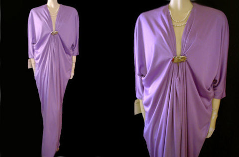 FROM MY OWN PERSONAL VINTAGE COLLECTION - NEW WITH TAG - STUNNING VINTAGE LUCIE ANN BEVERLY HILLS & INTIME GRECIAN GODDESS DRESSING GOWN / EVENING GOWN IN VIOLET - SIZE MEDIUM / LARGE