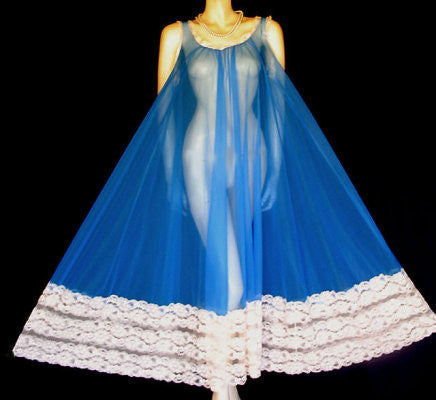 MG1290 - SOLD - VINTAGE DEENA 19 FEET GRAND SWEEP NIGHTGOWN WITH HUGE LACE HEM IN MEDITERRANEAN BLUE - LARGE SIZE