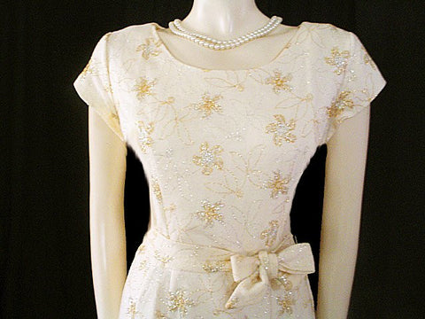 VINTAGE  WINTER WHITE COCKTAIL DRESS ADORNED WITH SPARKING METALLIC GOLD & SILVER & METAL ZIPPER  - PERFECT FOR HOLIDAY PARTIES