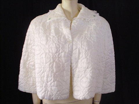 VINTAGE NANETTE'S UNDIES BRIDAL WHITE QUILTED LACE BED JACKET