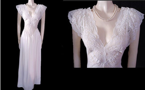 RARE WHITE VINTAGE BRIDAL OLGA ALL LACE FRONT & BACK WITH SATIN SKIRT IN FAIRY PRINCESS