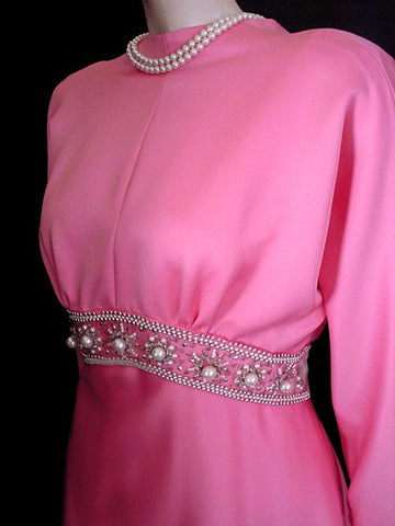 VINTAGE SPARKLING RHINESTONE & HUGE PEARL EVENING DRESS WITH A GORGEOUS BACK