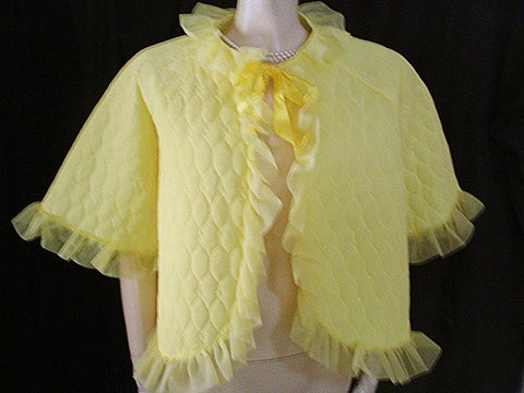 BEAUTIFUL VINTAGE RUFFLED QUILTED RUFFLE BED JACKET IN LEMONPUFF - SIZE LARGE
