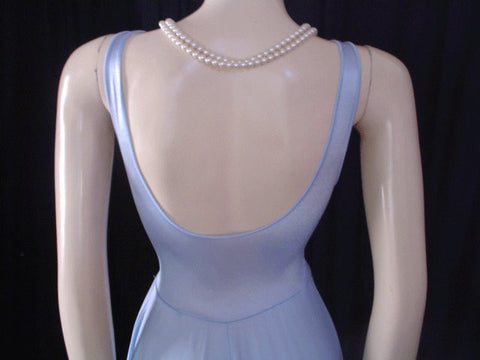 STUNNING VINTAGE OLGA RARE STYLE CRISS-CROSS BODICE SPANDEX NIGHTGOWN IN PLATINUM BLUE