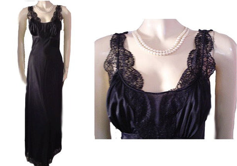 GORGEOUS VINTAGE MUNSINGWEAR BLACK LACE BIAS GLAMOUR GIRL NIGHTGOWN - EXTRA LONG