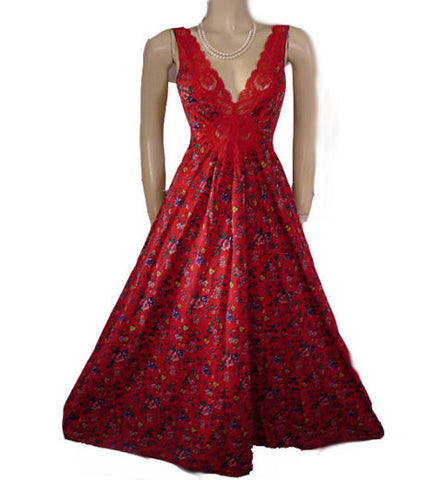 RARE VINTAGE FLORAL OLGA SPANDEX LACE NIGHTGOWN IN RED DELICIOUS