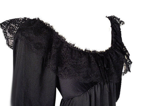 EXQUISITE RARE, RARE STYLE VINTAGE OLGA SPANDEX FLOUNCE LACE NIGHTGOWN WITH SLEEVES IN PARIS NIGHTS