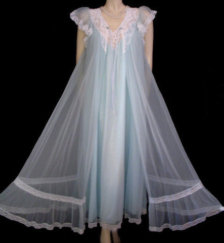 VINTAGE TOSCA LACEY DOUBLE NYLON FAIRY PRINCESS PEIGNOIR & NIGHTGOWN SET IN LULLABY BLUE