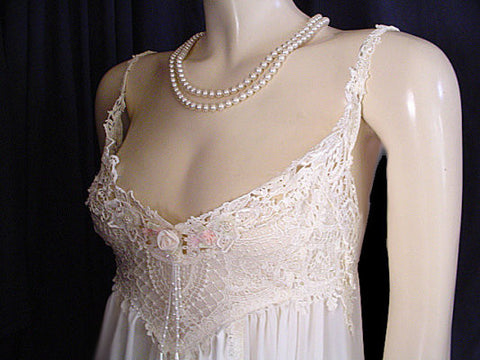 VINTAGE JONQUIL BY DIANE SAMANDI NEIMAN MARCUS BRIDAL TROUSSEAU SATIN & CHIFFON HEAVY LACE APPLIQUE & PEARL NIGHTGOWN
