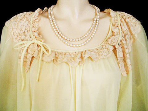 VINTAGE INTIME-LOOK PEIGNOIR & NIGHTGOWN SET ADORNED WITH ECRU LACE IN LEMON ZEST