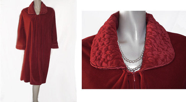 NEW  - RARE SHORT STYLE DIAMOND TEA SHORT ZIP UP FRONT VELOUR VELVET QUILTED ROBE IN VALENTINE HEART
