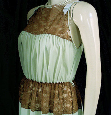 VINTAGE MUNSINGWEAR LACE & SATIN BOWS PEIGNOIR & NYLON TRICOT NIGHTGOWN SET IN CHOCOLATE MINT