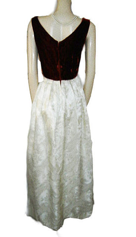 VINTAGE SCARLET VELVET & BROCADE EVENING GOWN ADORNED WITH A VELVET ROSE,TRAILING LEAF & BUD - PERFECT FOR VALENTINE'S DAY