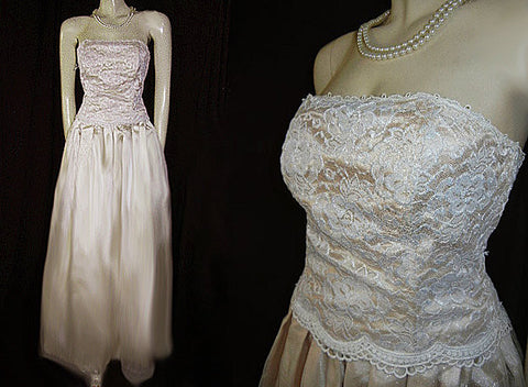 BARI JAY LACE, APPLIQUE & ORGANZA STRAPLESS EVENING GOWN IN CHAMPAGNE
