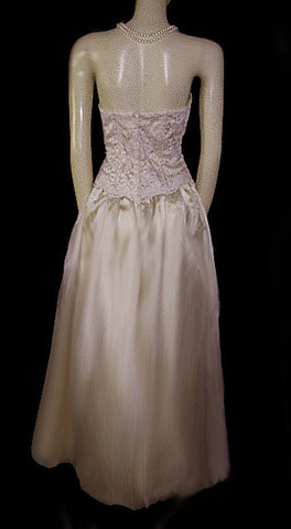 VINTAGE BARI JAY LACE, APPLIQUE & ORGANZA STRAPLESS EVENING GOWN IN CHAMPAGNE