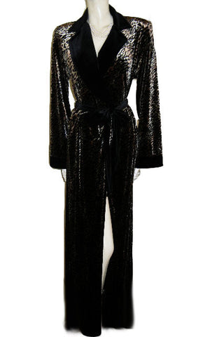 NEW - LUXURIOUS DIAMOND TEA WRAP-STYLE SPANDEX VELOUR ROBE IN A MOCHA LEOPARD PRINT - SIZE LARGE - WOULD MAKE A WONDERFUL GIFT
