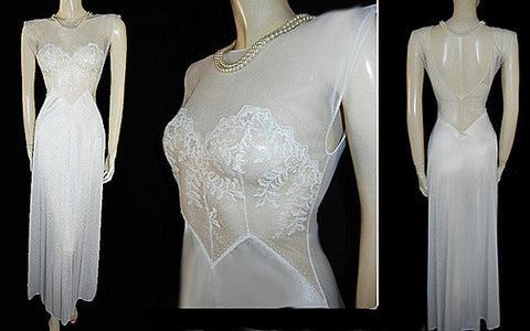 VINTAGE VAL MODE BRIDAL TROUSSEAU SHEER LACE BODICE NIGHTGOWN WITH A FABULOUS SHEER BACK IN BABY SWAN