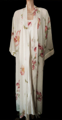VINTAGE '80s NATORI CLASSIC IVORY FLORAL APPLIQUE SATIN & CREPE PEIGNOIR & BIAS NIGHTGOWN SET