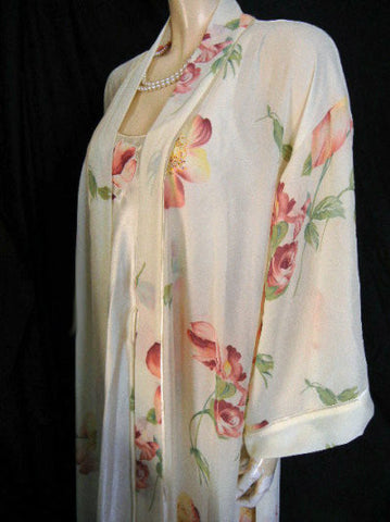 NATORI CLASSIC IVORY FLORAL APPLIQUE SATIN & CREPE PEIGNOIR & BIAS NIGHTGOWN SET