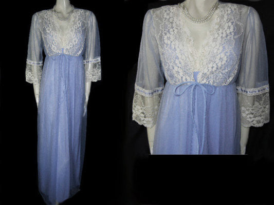LOVELY LACE & SATIN RIBBON PEIGNOIR & NIGHTGOWN SET IN JACARANDA