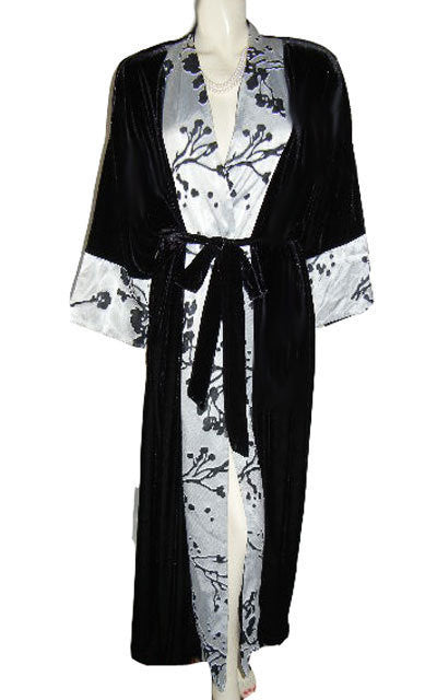 Sophisticated Delicates Spandex Black Velour Dressing Gown Robe With