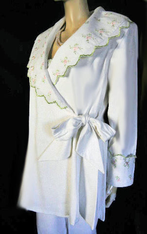 GORGEOUS BRIDAL TROUSSEAU 3-PIECE PIQUE LOUNGING ROBE, PANTS & CAMI PAJAMA SET ADORNED WITH PINK & GREEN EMBROIDERED ROSES - NEW WITH TAGS - WOULD MAKE A WONDERFUL GIFT