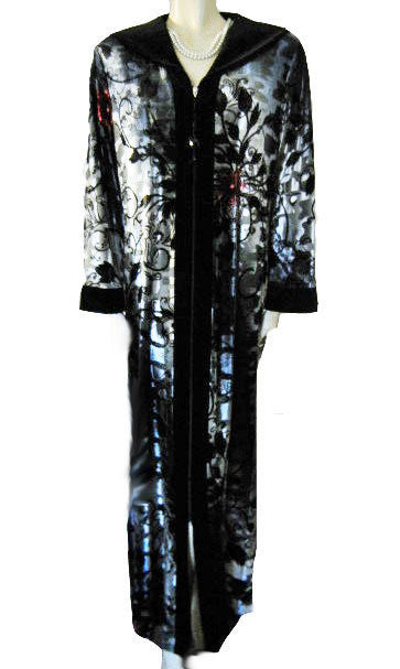 SOLD - NEW - GORGEOUS DIAMOND TEA LUXURIOUS ZIP FRONT SPANDEX STERLING SILVER &  CRANBERRY ROSE VELVET VELOUR ROBE IN A FLORAL & LEAF DESIGN - SIZE MEDIUM - WOULD MAKE A WONDERFUL GIFT