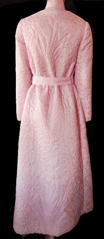 BEAUTIFUL LUXURIOUS VINTAGE I. MAGNIN SILKY QUILTED ROBE MADE IN HONG KONG IN ROSE PETAL - PETITE / SMALL