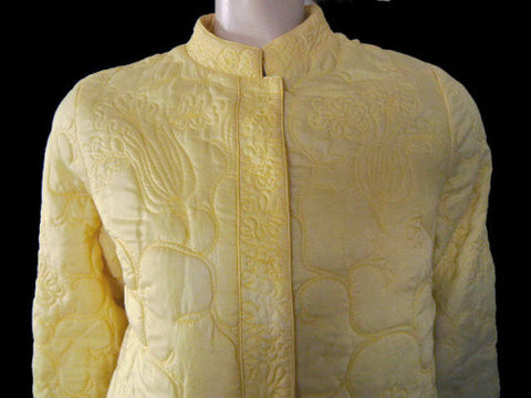 VINTAGE LATE '60s NEIMAN MARCUS INTRICATE QUILTED RAYON & SILK ROBE MADE HONG KONG IN TWIST OF LEMON