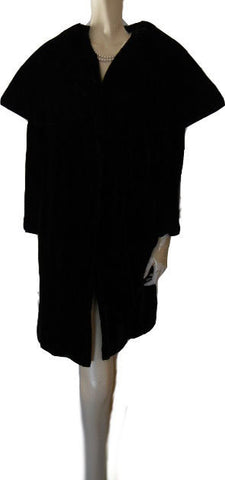 VINTAGE LILLI DIAMOND BLACK VELVET CLUTCH COAT WITH HUGE SHAWL COLLAR