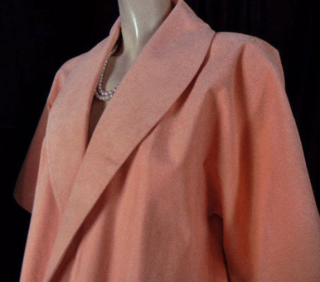 FROM MY OWN PERSONAL COLLECTION - VINTAGE DESIGNER VERA MAXWELL PEACH ULTRASUEDE CLUTCH COAT - PERFECT FOR SPRING, SUMMER & EARLY FALL