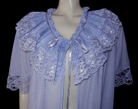 VINTAGE LACE PEIGNOIR PLEATED COLLAR ROSE IN TANZANITE