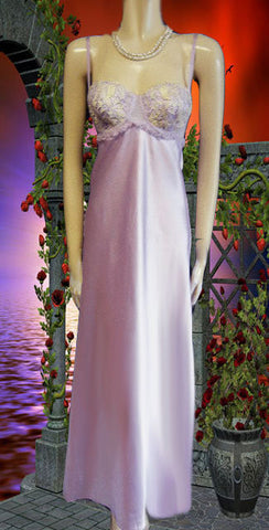 BEAUTIFUL FLORA NIKROOZ LACE APPLIQUE NIGHTGOWN IN ANTIQUE LAVENDER