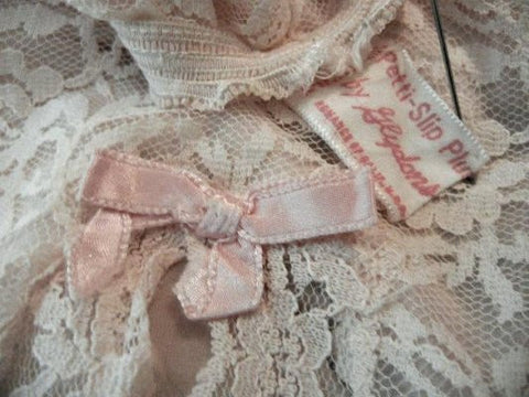 VINTAGE '50s / '60s GLYDONS PETTI-SLIP PLUS LACE HALF SLIP IN DUSTING POWDER