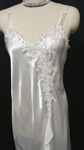 BEAUTIFUL BRIDAL ALEXANDRA NICOLE LACE APPLIQUES, PEARLS & SEQUINS SATIN PEIGNOIR & NIGHTGOWN SET IN MOONLIGHT