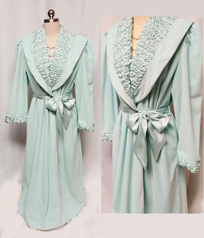 VINTAGE MADE IN ITALY 1980s SATIN & VELOUR WRAP ROBE IN AQUAMARINE - NEW WITH TAG - EXTRA LARGE - WOULD MAKE A WONDERFUL BIRTHDAY OR CHRISTMAS PRESENT!