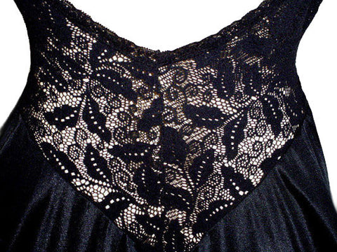 SOLD - VINTAGE RARE STYLE OLGA ALL LACE BODICE NIGHTGOWN IN BLACK BEAUTY