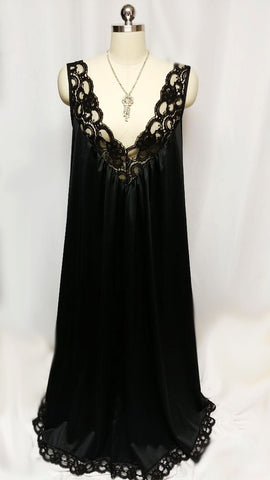GLAMOROUS VINTAGE BLACK LACE BIAS GLAMOUR GIRL NIGHTGOWN - LARGE SIZE