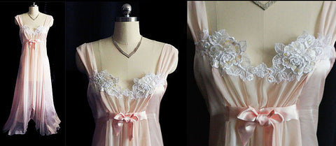 GORGEOUS VINTAGE BLANCHE LACE APPLIQUES, PEARLS & SEQUINS NIGHTGOWN IN PARISIAN PINK