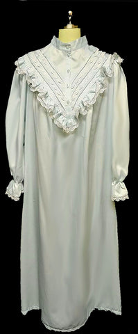 NEW OLD STOCK - BEAUTIFUL VINTAGE VICTORIAN LOOK SATIN & LACE NIGHTGOWN / DRESSING GOWN IN ICY BLUE