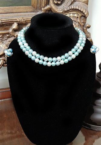 VINTAGE 1950s / 1960s AQUA, BABY BLUE & WHITE FAUX PEARL NECKLACE HONG KONG WITH BLUE PEARL CLIP EARRINGS JAPAN