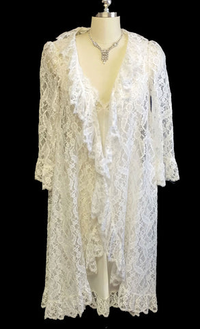 VINTAGE LUCIE ANN FOR CLAIRE SANDRA BEVERLY HILLS EYELASH LACE BRIDAL TROUSSEAU PEIGNOIR & NIGHTGOWN SET