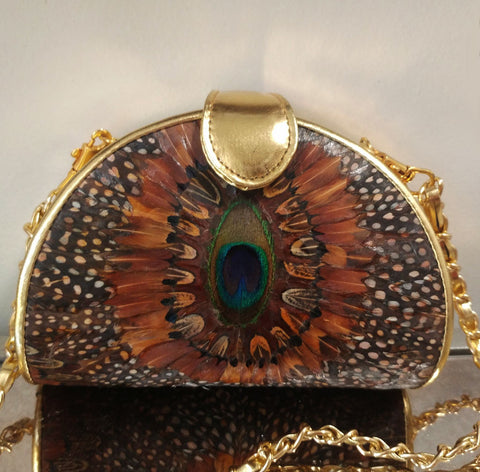 VINTAGE '80s COMECO FEATHER PEACOCK LOOK PURSE IN BEAUTIFUL COLORS