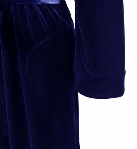 NEW - DIAMOND TEA LUXURIOUS WRAP-STYLE VELVET VELOUR ROBE IN COBALT- SIZE SMALL - ONLY 1 IN STOCK - WOULD MAKE A WONDERFUL GIFT!